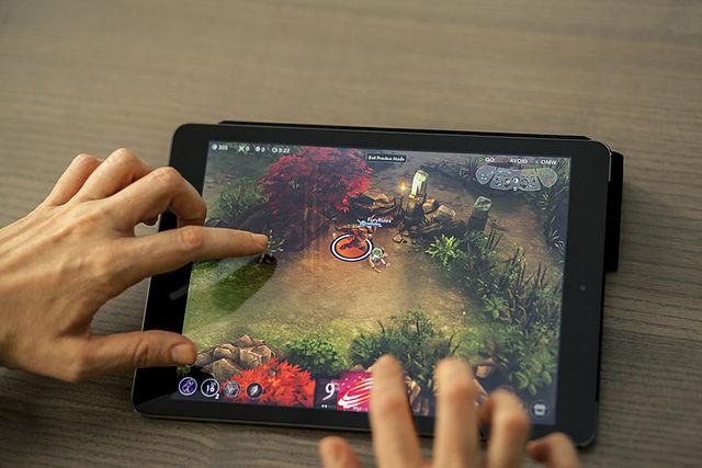 crear activos digitales en videojuegos multijugador